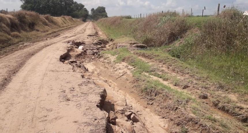 PUENTE MONTE MOLINOS: CAMINOS RURALES DESTRUIDOS