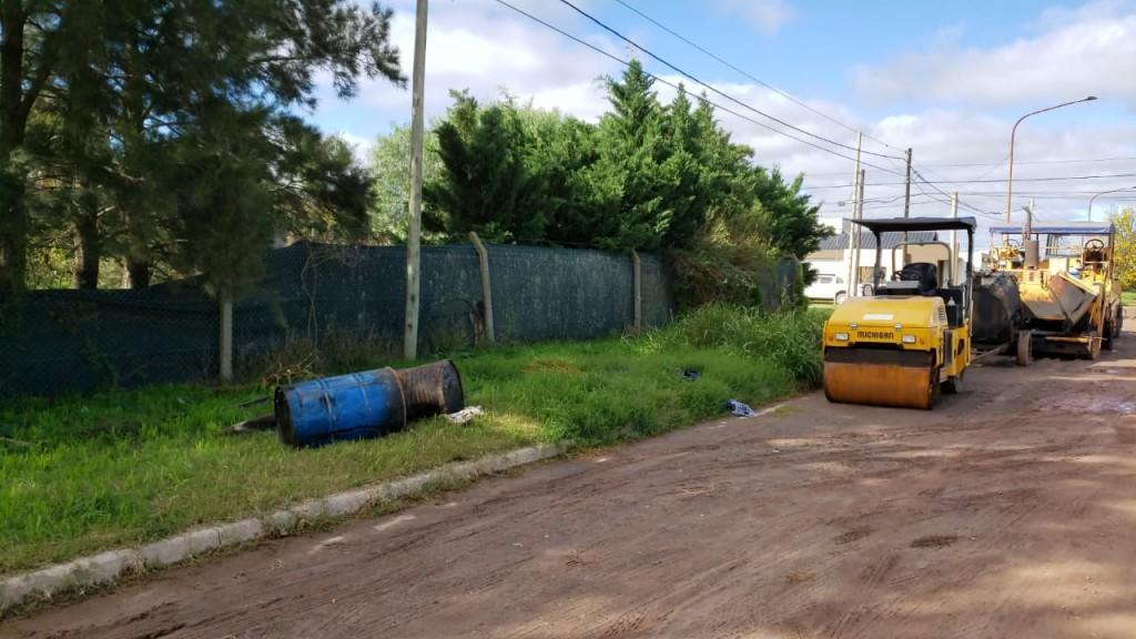 DESIDIA DE EMPRESA CONSTRUCTORA EN CALLE 25 DE MAYO