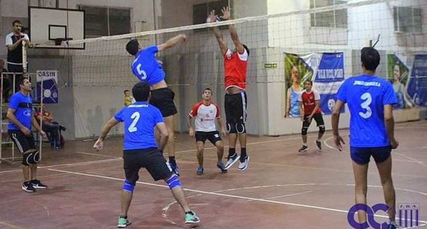TRIANGULAR AMISTOSO DE VOLEY EN ARGENTINO