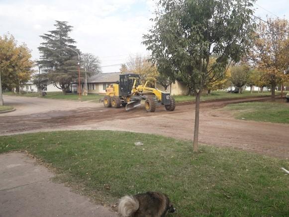 TAREAS DE MANTENIMIENTO EN CALLES DE TIERRA