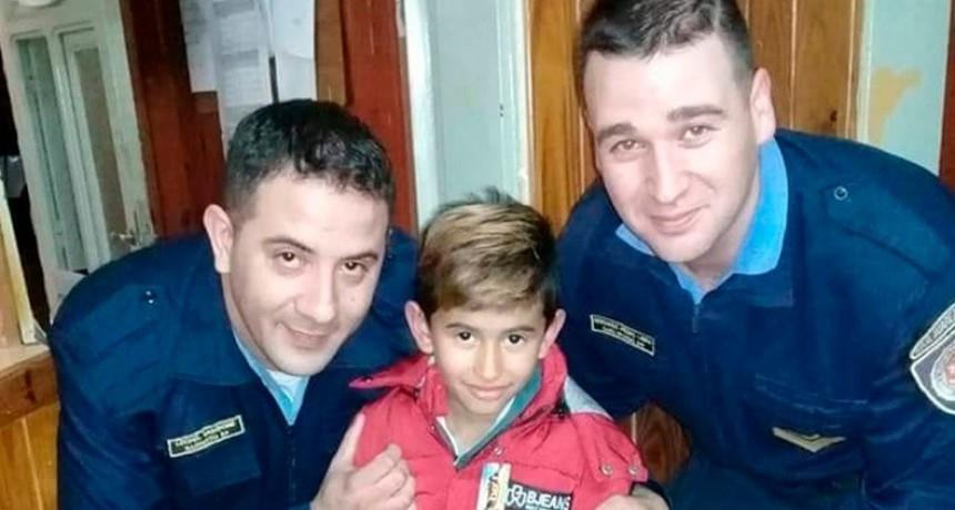 GESTO SOLIDARIO DE POLICÍAS DE UCACHA