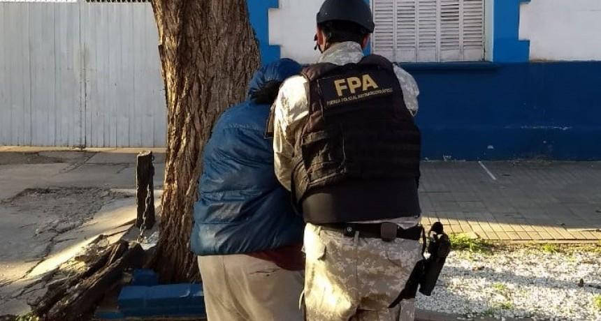 LEONES: DELIVERY BOY DE DROGAS DETENIDO
