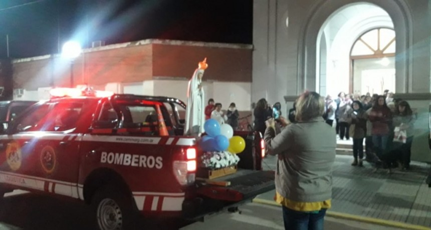 BOMBEROS: CARAVANA CON LA VIRGEN PEREGRINA