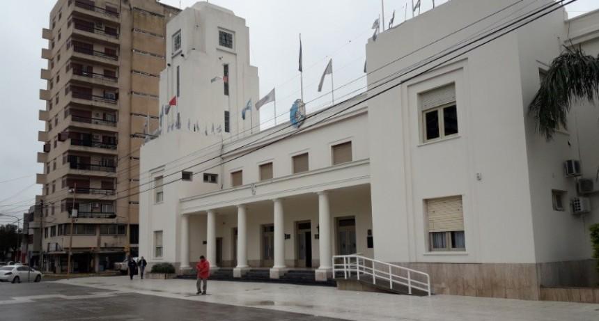 BELL VILLE: ATENCIÓN AL PÚBLICO CON LENGUAJE DE SEÑAS