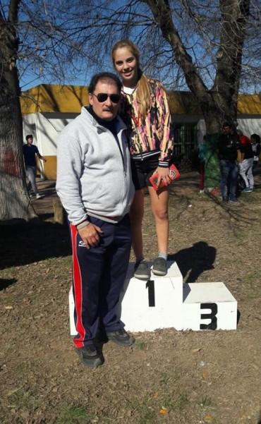 ALUMNAS DEL IPEM 126 DESTACADAS EN EL CÓRDOBA JUEGA