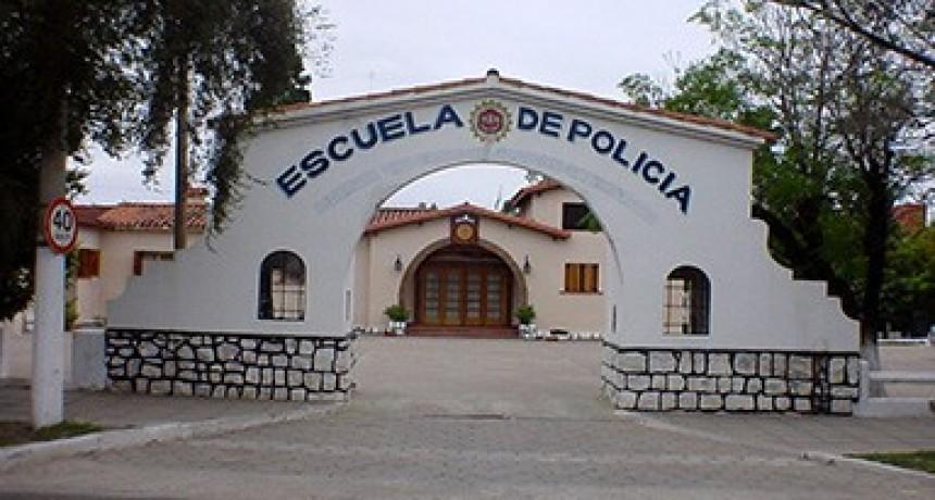 INSCRIPCIONES ABIERTAS EN LA ESCUELA DE POLICÍAS