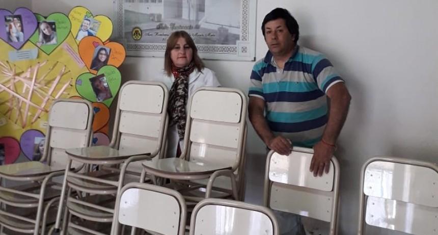 MOBILIARIO NUEVO PARA LA ESCUELA LUIS DE TEJEDA