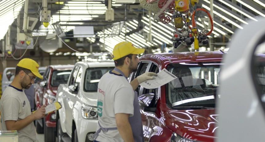 PYMES Y AUTOMOTRICES PIDEN DECLARAR LA EMERGENCIA