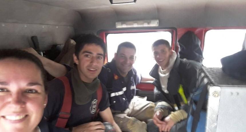 DOS BOMBEROS DE MONTE MAÍZ VIAJARON A LA CUMBRE