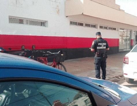 LABORDE: POLICÍA ALLANÓ SALÓN DEL CLUB RECREATIVO