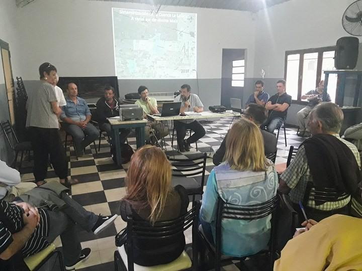 AVANZA CANALIZACIÓN DE LA SALADA