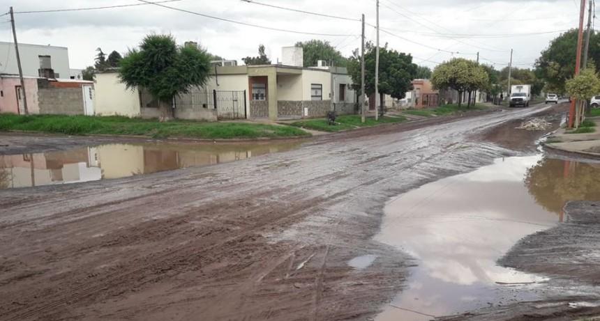 CALLES DE TIERRA EN MAL ESTADO TRAS LA LLUVIA