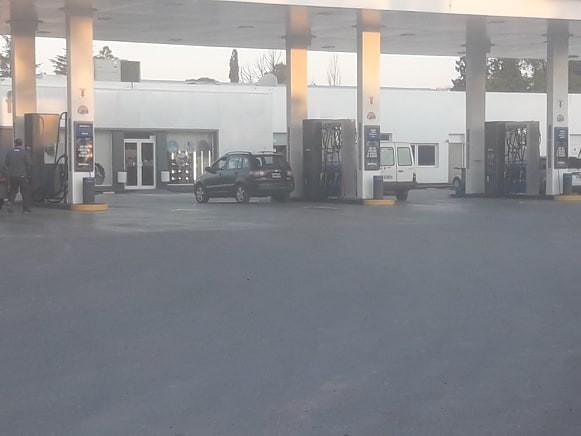 LA NAFTA Y EL GASOIL SUBEN UN 5%