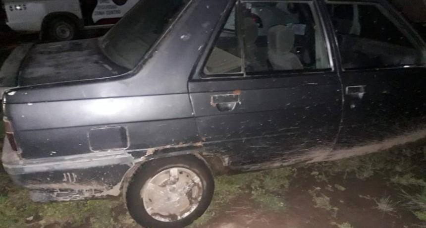 AUTO RETENIDO POR FALTA DE DOCUMENTACIÓN