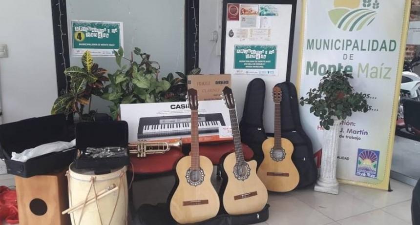 GOBIERNO PROVINCIAL ENTREGÓ INSTRUMENTOS MUSICALES